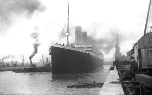 Amazing Historical Photos Pictures Incredible Mindblowing Photograph Old History Crazy Weekly Show Titanic Port